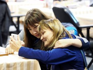Goltseva Ekaterina (RUS) with her mom