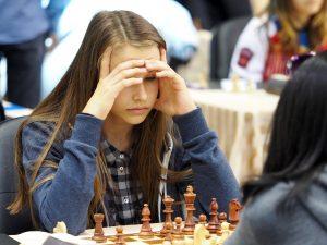 Akulova Alicia  (BEL)
